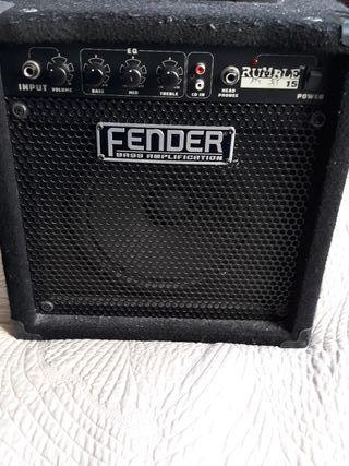 Amplificador de Bajo Fender Rumble 15