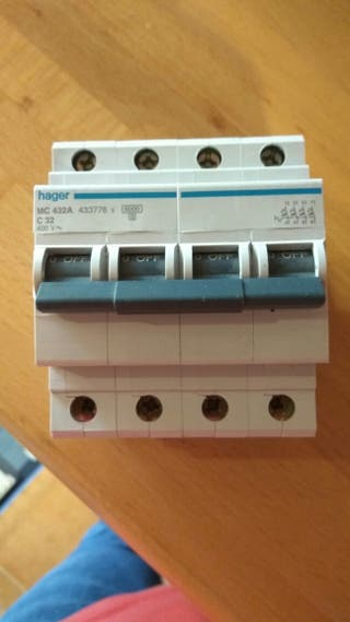 Magnetotermico de 32A 400V