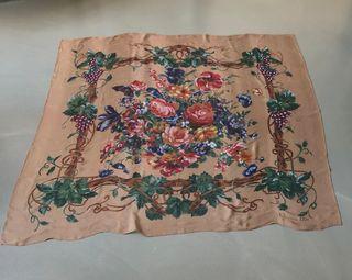 """Etole Foulard soie imprimé fleurs """"Christian Dior"""""""