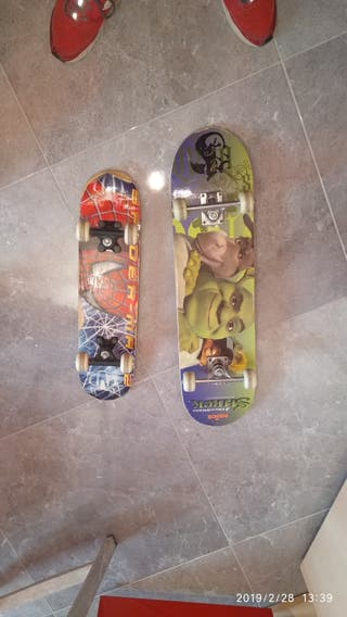 Dos Skates para niños.