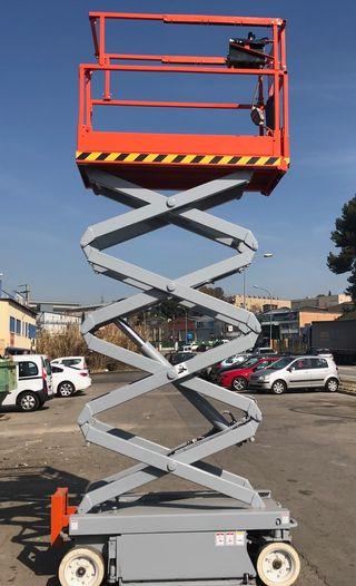 PLATAFORMA ELECTRICA 8 m SKYJACK como nueva