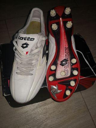 botas de fútbol lotto