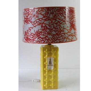 Antigua lámpara retro de manises