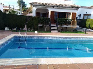Chalet con piscina privada a 30 minutos de Barcelona