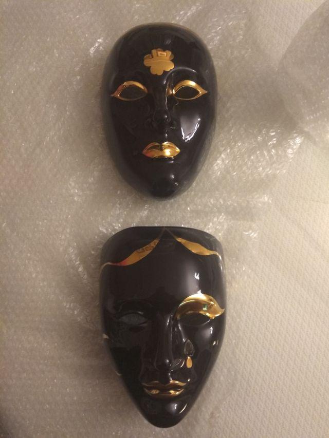 Máscaras porcelana y oro