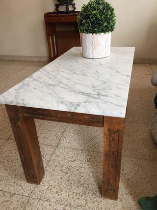 Mesa madera con tabla marmol