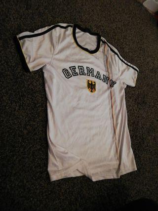 Camisetas fútbol retro de segunda mano en Barcelona en WALLAPOP cea36a1cd13fe