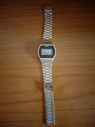 Reloj Casio digital de mujer (Oferton)