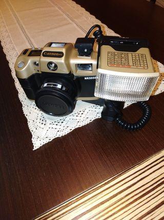 cámara fotos antigua con flash