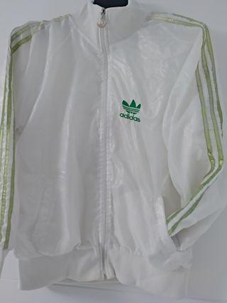 chaqueta de deporte adidas