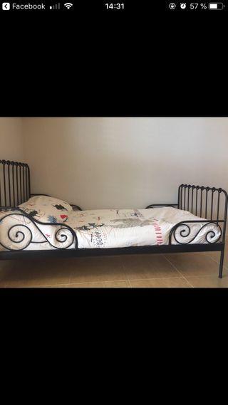 Cama Ikea forja extensible+colchón