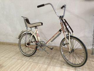 Bici antigua clásica bmx