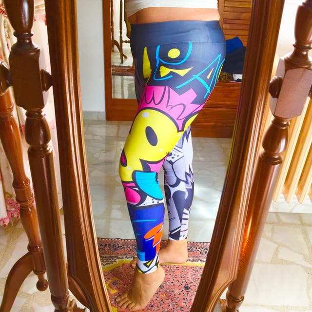 Leggings deportivos print cómic. Leggings Pop art.