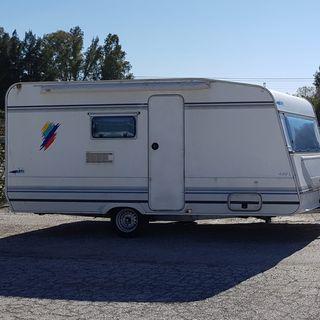 caravana 750 kilos 5 plazas