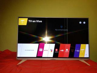 LG smart tv 34LF590V