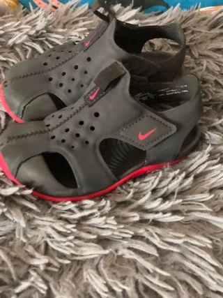 Cholas zapatillas Nike niños talla 23 1/2
