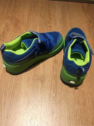 Zapatos con ruedas-Skater