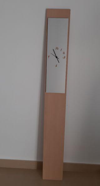 Reloj de diseño para pared