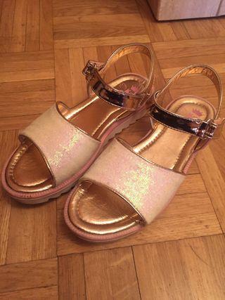Sandalias para niña número 33