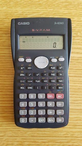 Calculadora CASIO científica