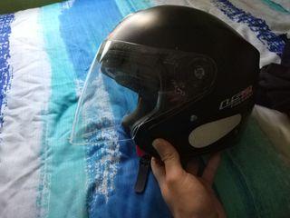casco jet ls2