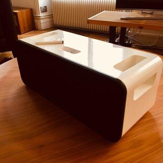 Apple Vintage Hi-Fi iPod Dock