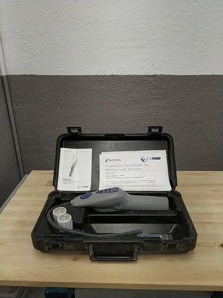 Alquiler detector de fugas de gas refrigerante.