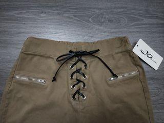 Pantalón estilo Bershka