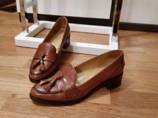 Zapatos castellanos piel