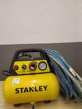 Alquiler herramienta compresor aire portable.