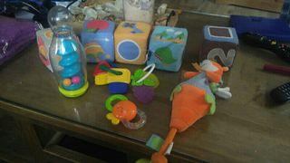 Lote de juguetes de bebes