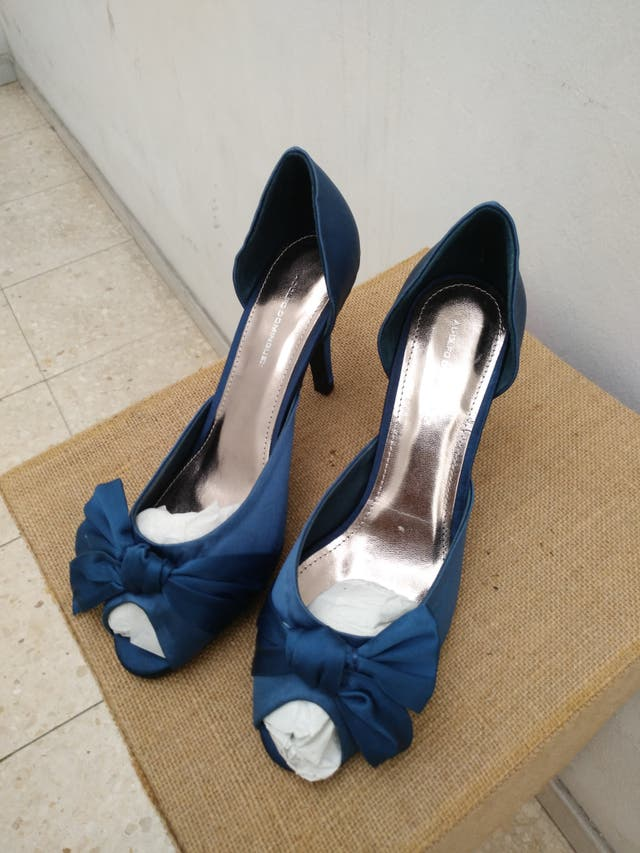 8b875987 Zapatos fiesta Adolfo Dominguez de segunda mano por 15 € en Ourense ...