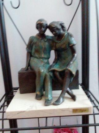 Escultura Pareja Ángeles Anglada