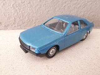 Renault Fuego de Solido