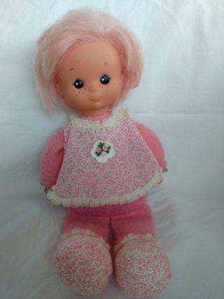 Muñeca en Rosa de Famosa de mediados de los 80