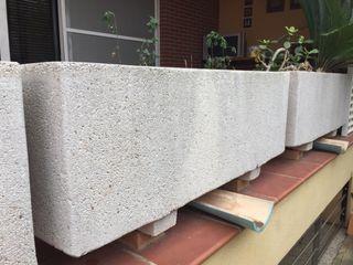 Maceteros - jardineras de piedra