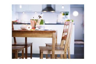 Mesa madera con 4 sillas