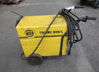 Maquina de soldar TRI-ARC 306