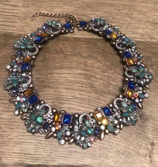 06730e9db1b3 Collar Zara cristales de segunda mano en WALLAPOP