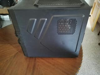 Caja ordenador torre