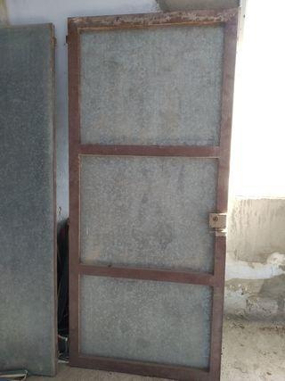 Puertas de chapa galvanizada