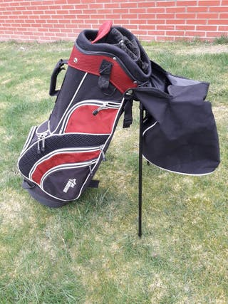 Bolsa para palos de golf.