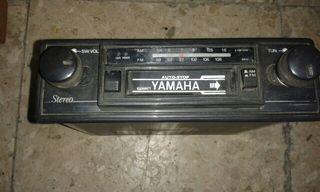 Radio cassette coche clasico