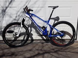 Bicicleta enduro: MONDRAKER DUNE 2015
