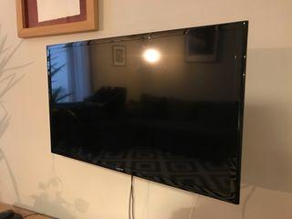 """TV Samsung 32"""" preciosa poco uso! No es Smartv!"""
