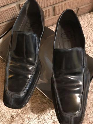 Zapato de novio del 43