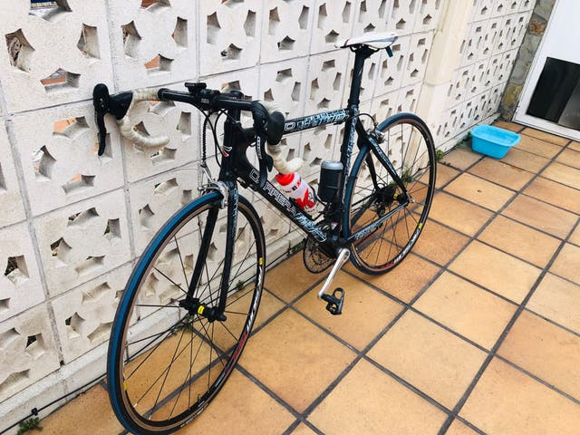 """Bici de carretera """"carrera"""" de carbono"""