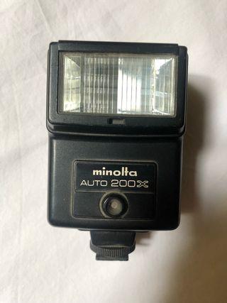Flash camera minolta