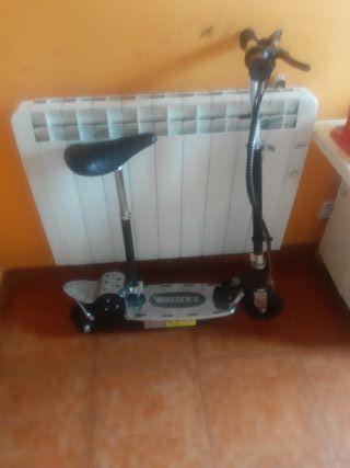 poco uso patin eléctrico con cargador.