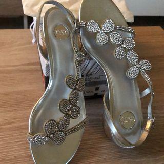 Sandalias color silver talla 40